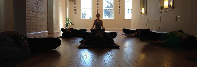 Yoga en Málaga - Entrenando tu consciencia