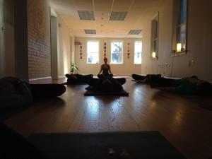 Yoga en Málaga. Clases de Yoga en Málaga - Entrenando tu consciencia